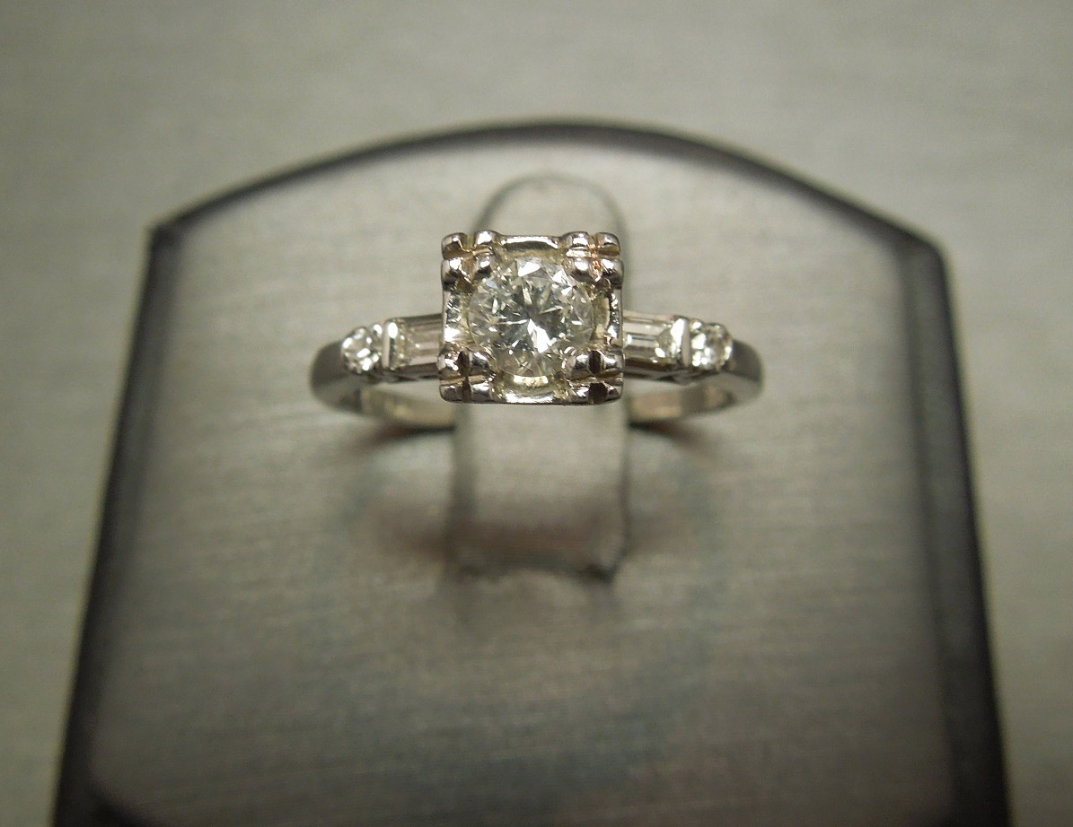 14KT White Gold Square Diamond Engagement Ring C1950
