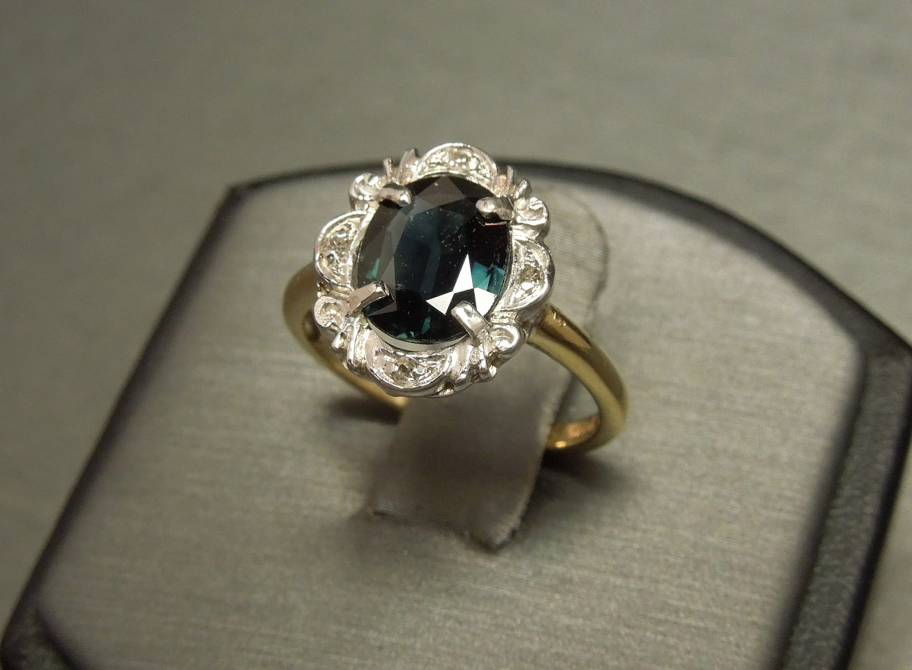 14k Antique Oval Sapphire Solitaire 2 06tcw Diamond Ring C1940