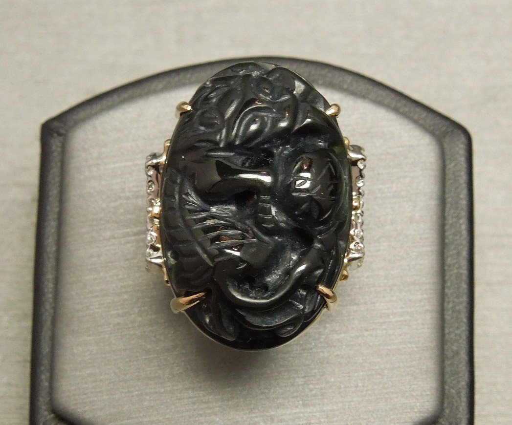 14k 0 44tcw Diamond Amp Hand Carved Dragon Black Jade Ring C1960